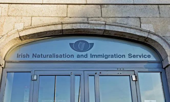 不在爱尔兰居住的移民朋友们需注意签证到期时间,及时安排续签